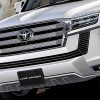 В Сети появились изображения салона нового Toyota Land Cruiser 300