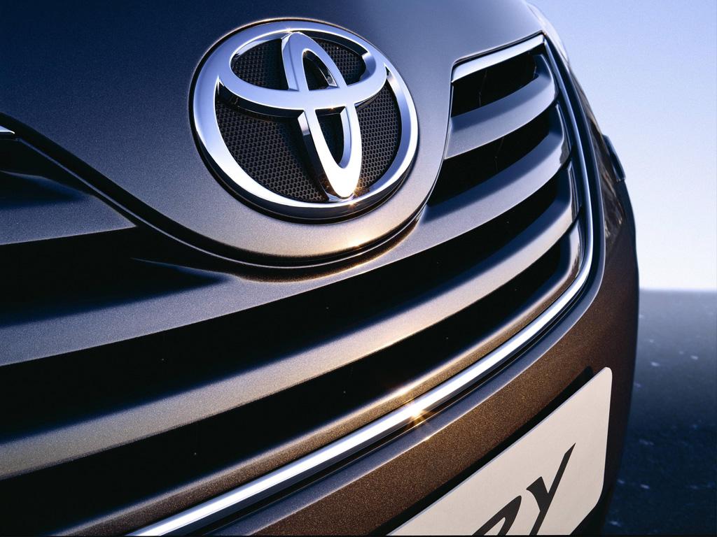 Новая Тойота Camry: уже вскоре
