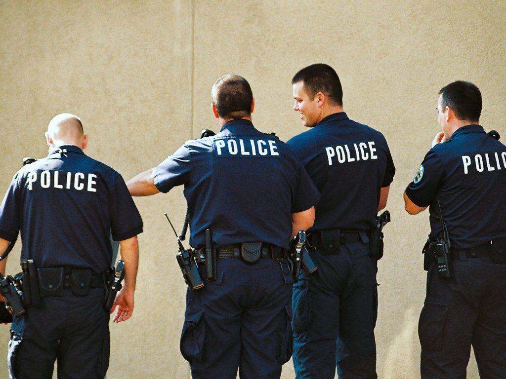 Фото бибера из полицейского участка