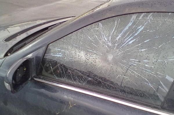 Обстрелян автомобиль