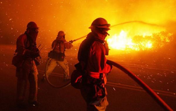 Один человек пострадал впожаре назаводе вКраснодаре