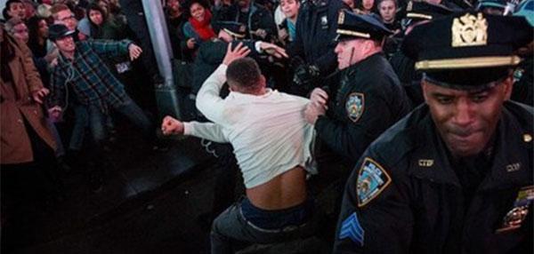 протест в Нью-Йорке