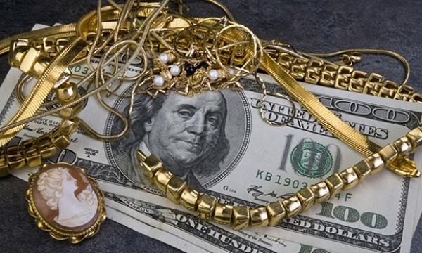 деньги, драгоценности
