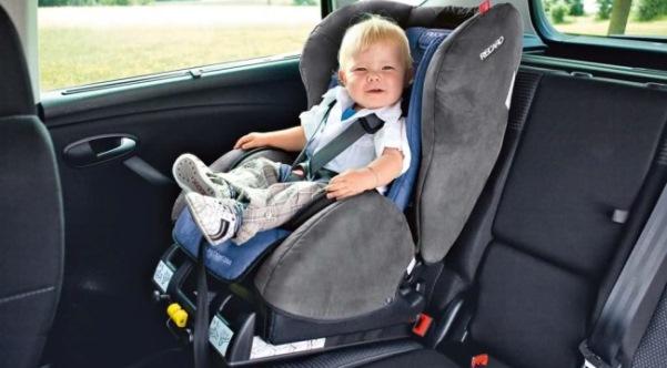 Планируются изменения ПДД о транспортировке детей вавтомобилях