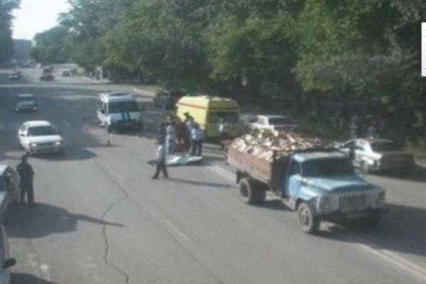 грузовик сбил детей