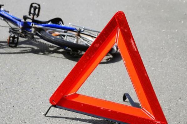 пешехода сбил велосипедист
