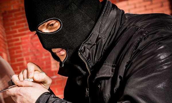 грабитель взлом