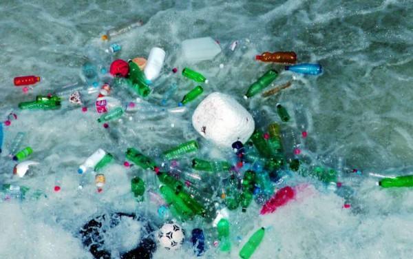 пластиковый мусор Антарктика