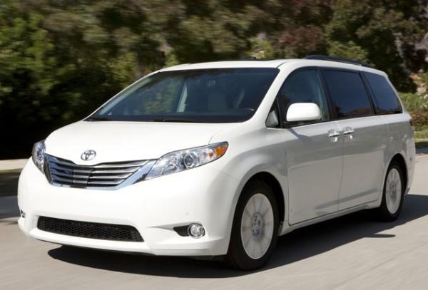 минивэн, Toyota Sienta