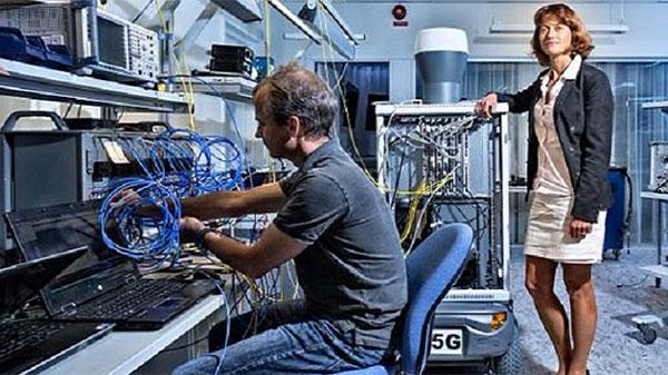 Первому гаджету Ericsson с поддержкой 5G требуется тележка