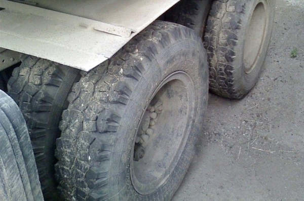 грузовик колеса