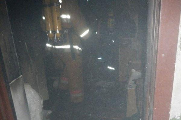 Пожар в Речице: спасатели эвакуировали 64 человека