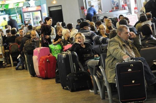 сколько человек не выпустят за границу выгодные