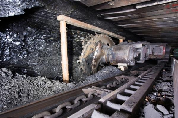 НаУрале при обрушении шахты умер рабочий
