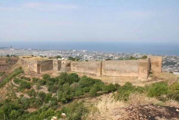 крепость в Дербенте