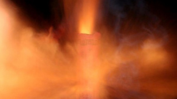петарда взрыв