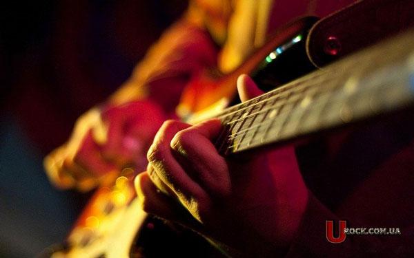 ВНью-Йорке продадут гитары Эрика Клэптона иЭдди Ван Халена