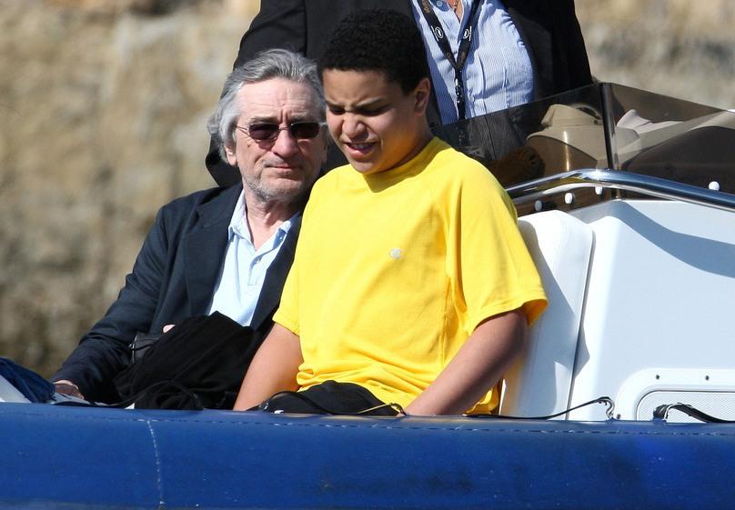 Роберт ДеНиро поведал овоспитании сына-аутиста