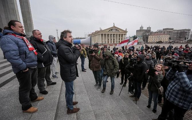 Шумченко иСеверинец оштрафованы заакцию 14марта