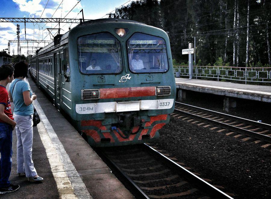 ВТюменской области поезд сбил насмерть мужчину напутях