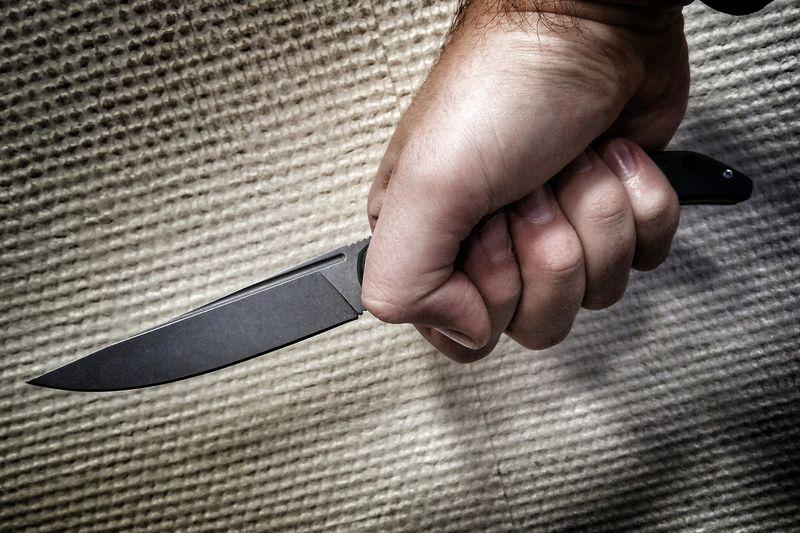 ВСамарской области пенсионер ранил супругу изарезал спящего сына