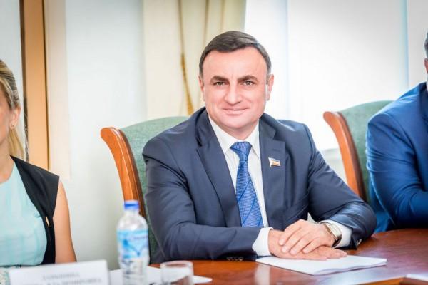 Арутюн Сурмалян - биография