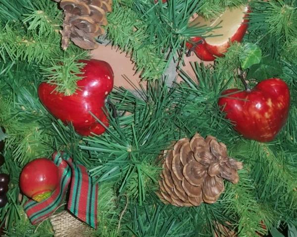 __елки шишки новый год