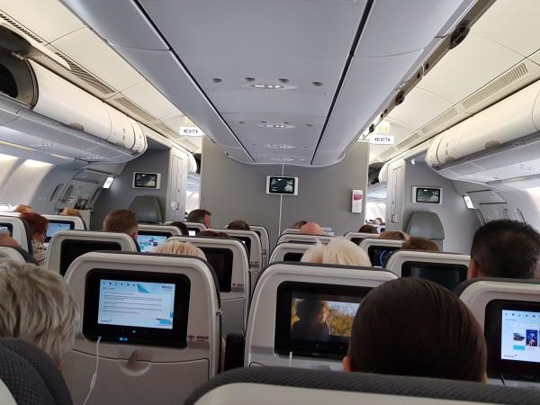 __ салон самолета