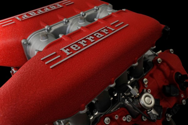 Ferrari двигатель