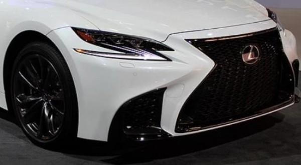 Lexus IS F Sport Blackline 2020