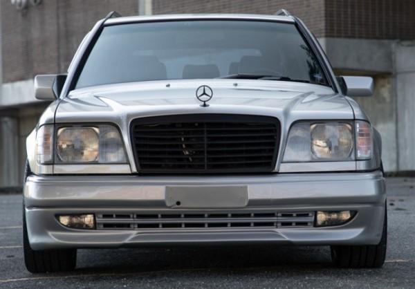 Mercedes-Benz 300TE 1993 года в обвесе AMG