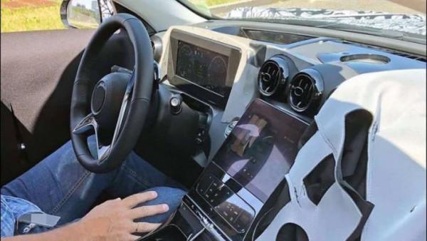 Mercedes-Benz C-Class, квадратный планшет