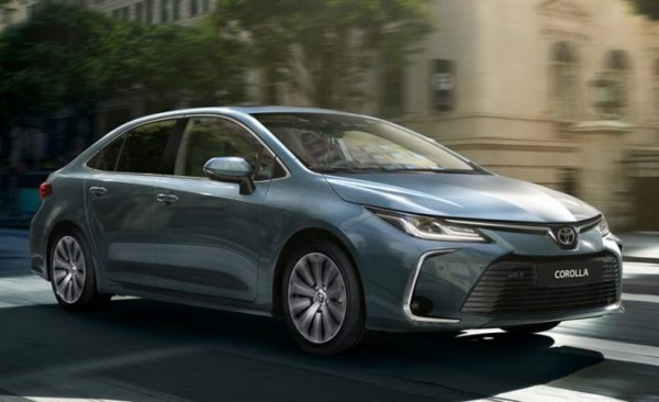 Toyota Corolla, седан