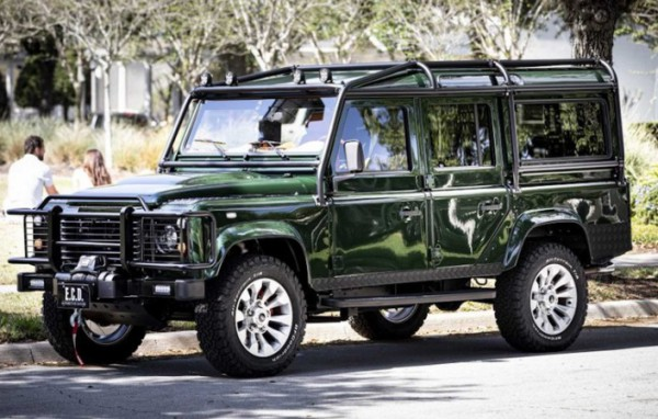 Land Rover Defender, мотор Corvette