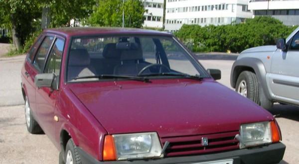 ВАЗ-2109, вишневая девятка