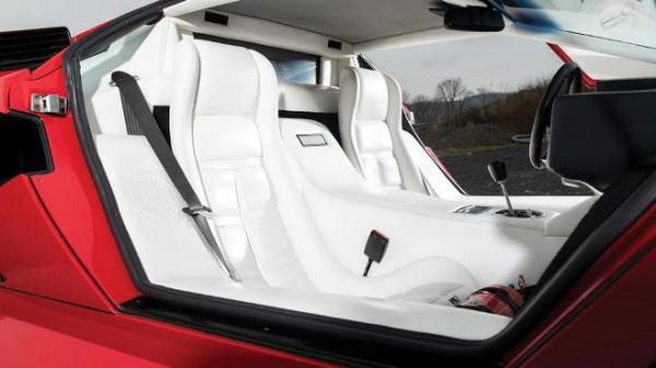 Lamborghini Countach LP500 S, салон