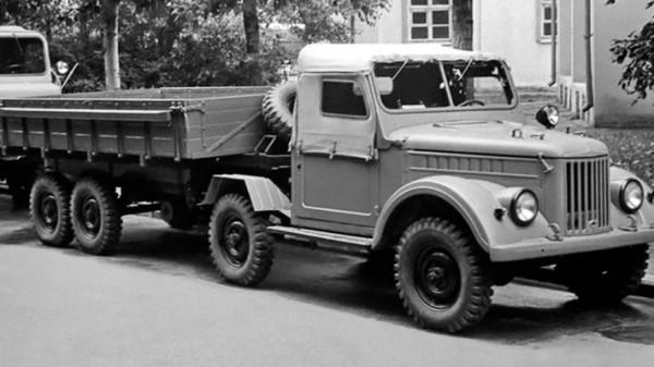УАЗ-456, тягач