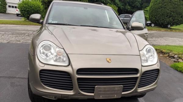 Porsche Cayenne Turbo 2004 год