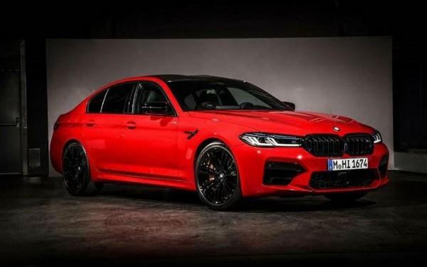BMW M5, седан