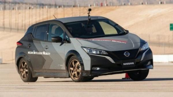 Nissan, электромобиль, полный привод