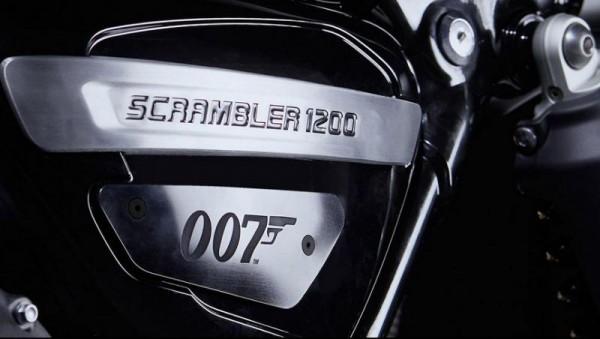 Triumph Scrambler Bond Edition