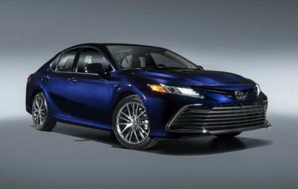 Toyota Camry, гибрид XSE