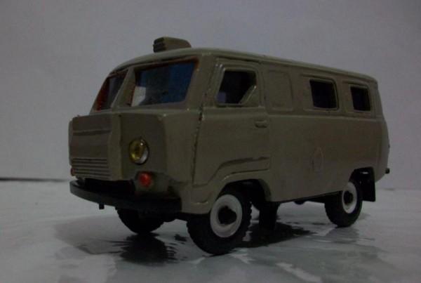 УАЗ Коналю-330
