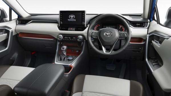 Toyota RAV4, обновленный