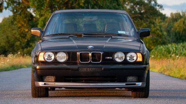 BMW M5 (E34) 1992 года