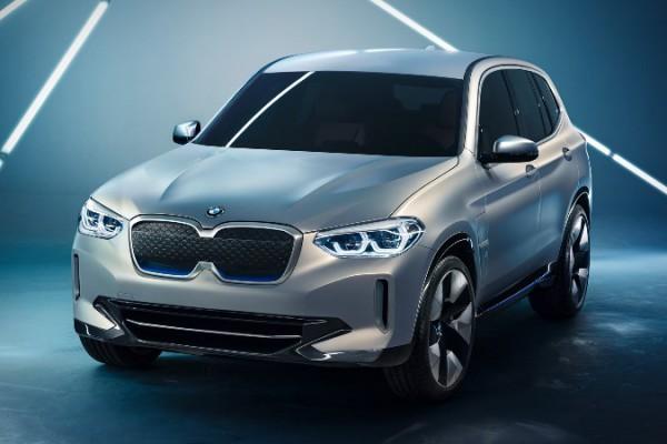 BMW iХ1, самый маленький электрический кроссовер