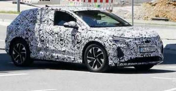 Audi Q4 E-Tron 2021, электрический кроссовер