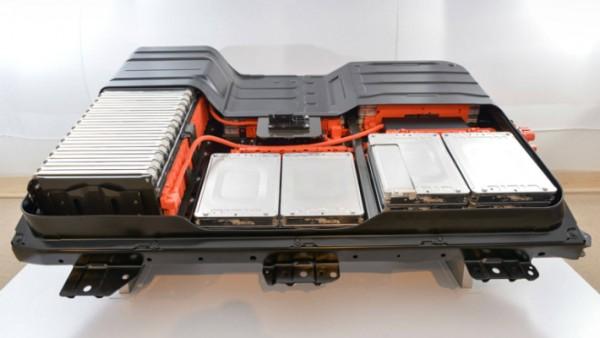 Toyota, твердотопливная батарея