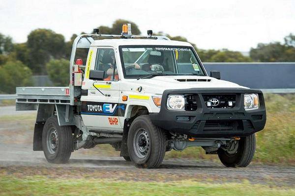 Toyota Land Cruiser 300, электрокар