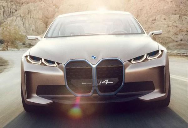 BMW i4, электрокар